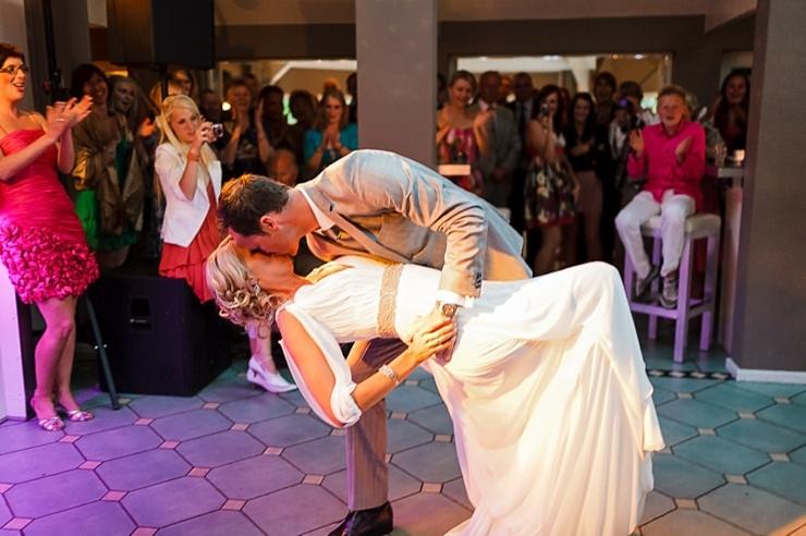 de dip bruidspaar