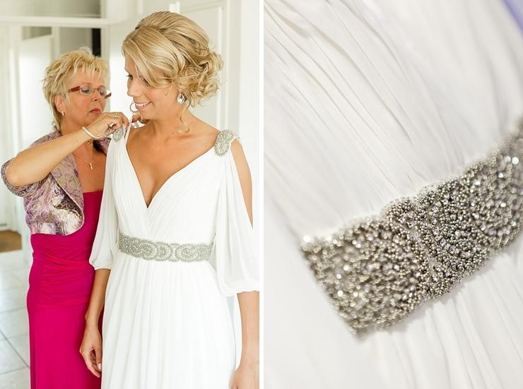 bruidsjurk aandoen bruid leiden