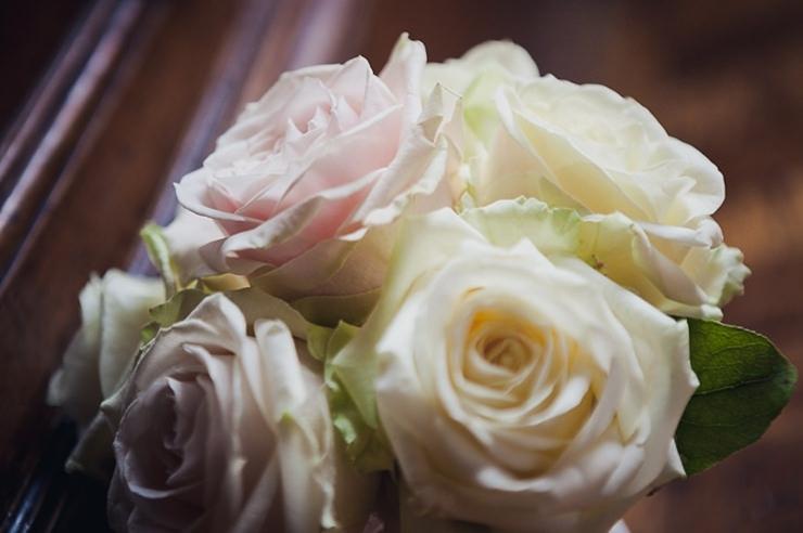 witte rozen trouwfotografie wassenaar