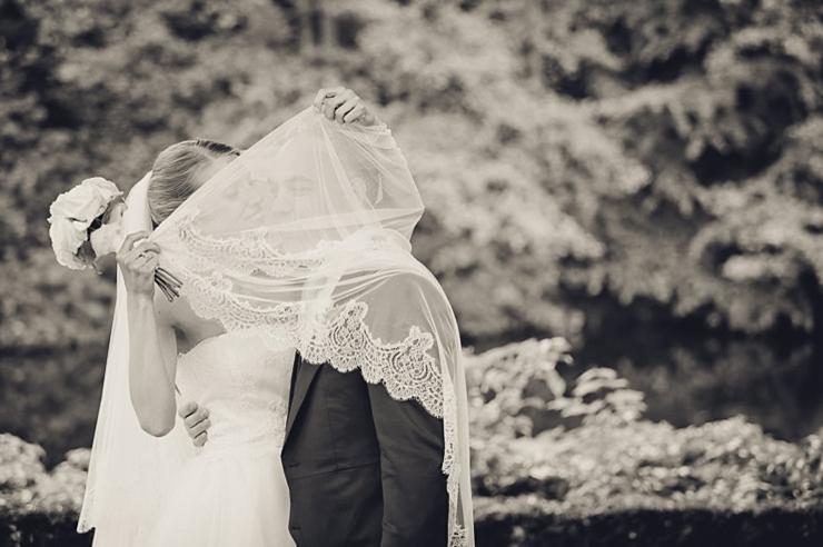 trouwfotograaf wassenaar bruidspaar kasteel