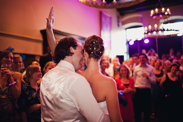 bruidspaar trouwfeest