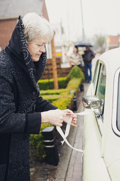 Bruidsfotograaf Haarlem trouwauto