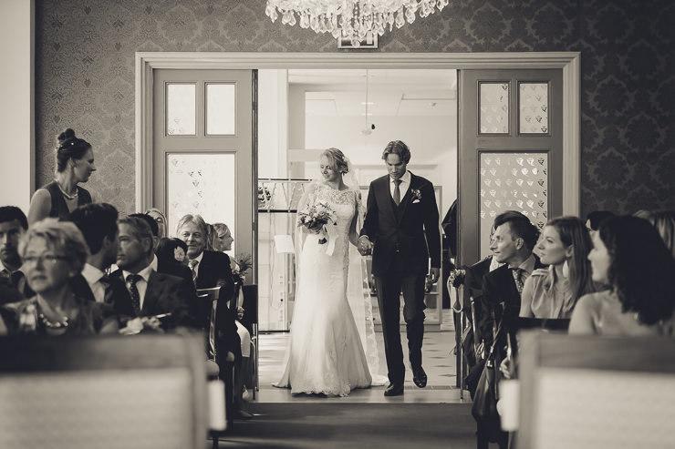 ceremonie bruidspaar stadhuis Oegstgeest