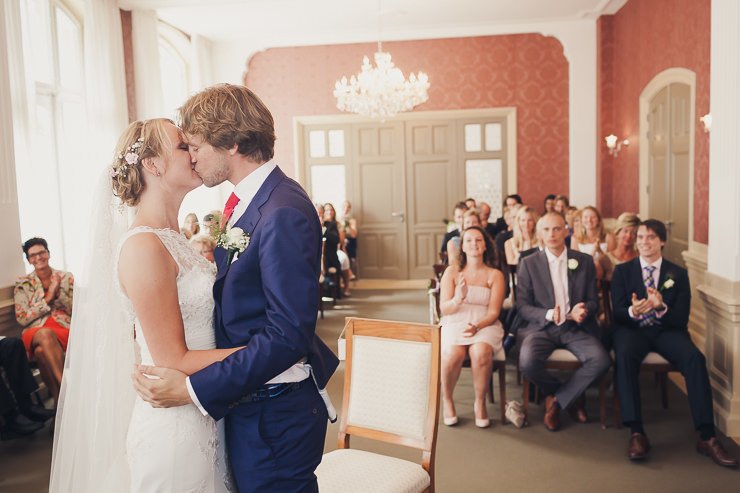 trouwfotografie kus stadhuis Oegstgeest