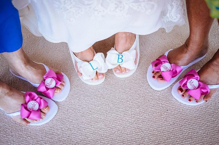 trouwen op bali - bruid slippers