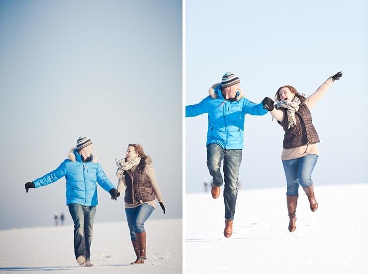 huppelen in de sneeuw winter scheveningen fotografie